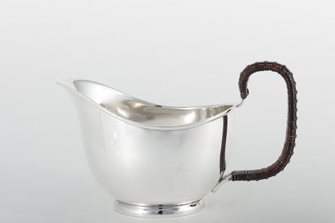 Kay Bojesen Sauce boat in silver. 1938. 1 pc. in stock Good condition Location: KLASSIK Flagship Store - Bredgade 3, 1260 KBH. K.