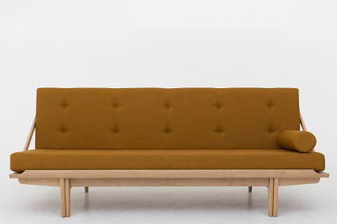Poul Volther / KLASSIK Copenhagen Daybed w. frame in oak and cushions in Canvas 2 (code 424) Availability: 6-8 weeks New