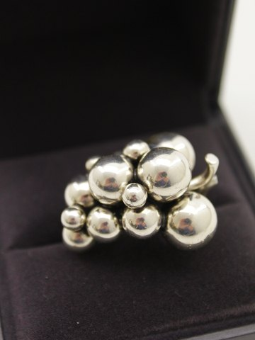 "Georg Jensen ""Moonlight Grapes"" sold"