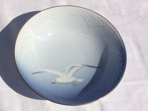Bing & Grondahl Seagull with gold Round bowl # 45 * 300kr