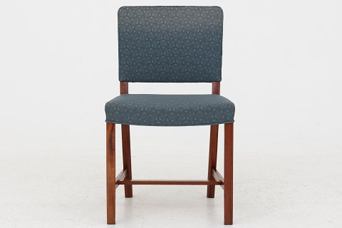Dansk snedkermester Dining chair in mahogany w. original, patterned fabric. 4 pcs. in stock Good condition. Location: Roxy Klassik Showroom - Jorisvej 11, 2300 KBH. S.