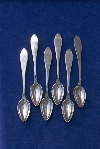 Danish silver flatware, set of 6 tea spoons 14cms with hallmark GS