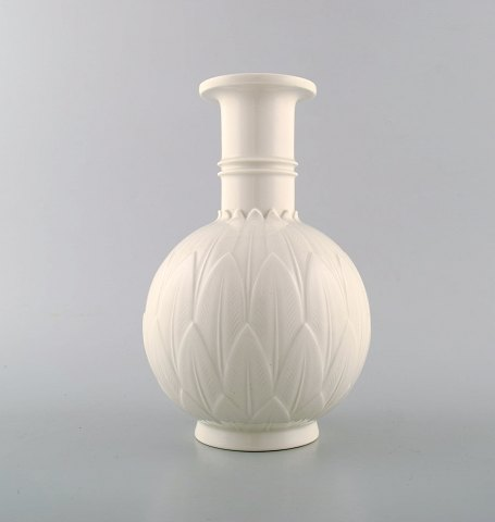Arno Malinowski for Royal Copenhagen. Vase in blanc de chine porcelain.