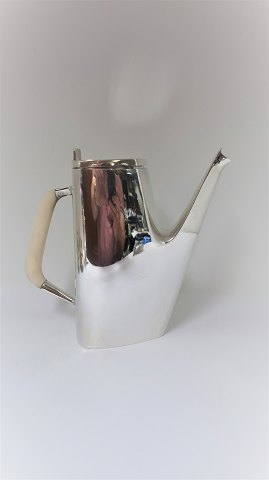 Hans Bunde. Cohr. Coffee pot in sterling (925). Height 20.5 cm.