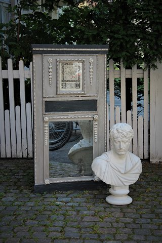 French 1800 century painted panel mirror in gray and black color with a very fine patina, original mirror glass. H:137cm. W:73cm.