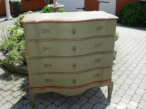 Baroque chest of drawers from around the year 1730 with the old painting. 5000m2 showroom.